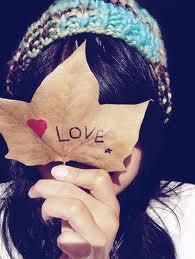 girl sending love